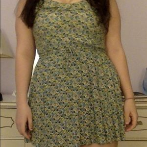 Green mini babydoll dress H&M Divided